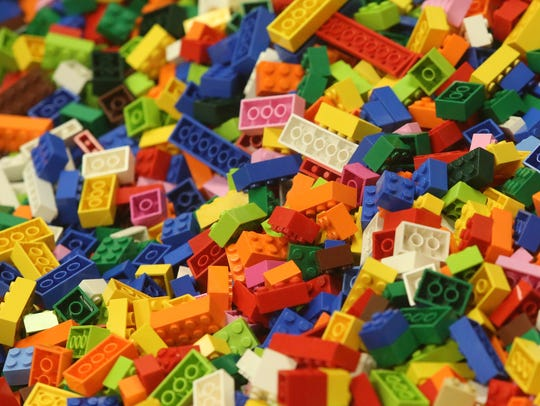 Lego bricks will be used in the building block competition.