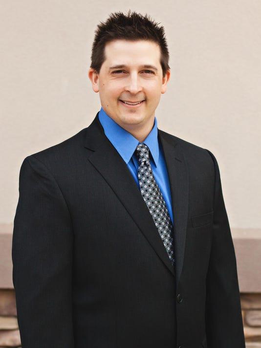 Dr. Justin Philipp