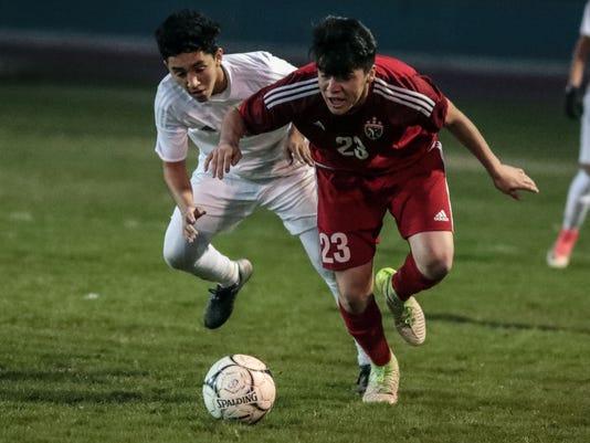 636524250347912065-CV-RM-Soccer004.JPG