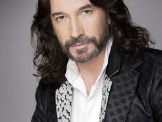 Crooner Marco Antonio Solis to bring his 'Y La Historia Continua' tour to El Paso