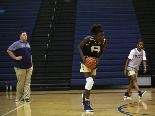 Arlington's Lanetta Williams is the nation's 35th-ranked prospect in the Class of 2019 according to ESPN.