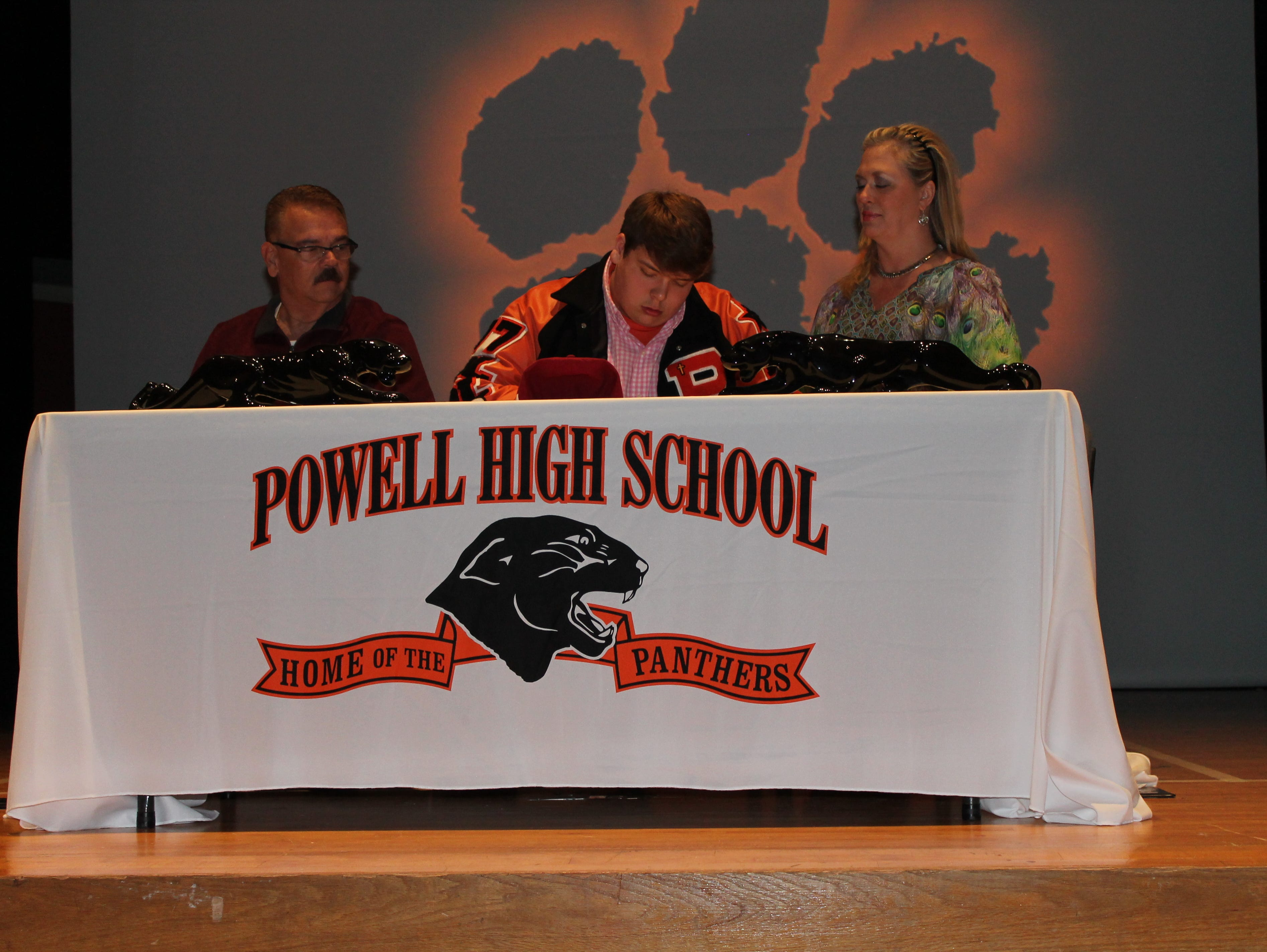 Brad Holloway, Powell HS, on 2015 National Signing Day signing to play with Cumberland University