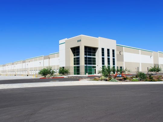 Stitch Fix, an online personal styling service for women headquartered in San Francisco, signed a lease for this 365,000 facility in Phoenix.