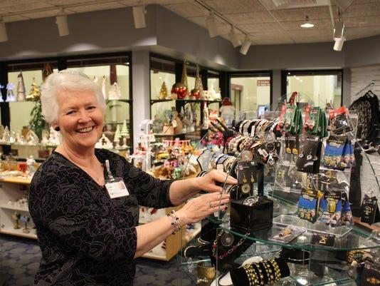 635842241074843331-SAH-Gift-Shop-Volunteers-photo.jpg