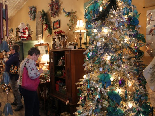Hundreds of customers completed their Christmas shopping at Victoria on Small Business Saturday.