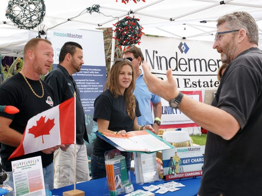 Attendees mingle during the 2015 Canada/Snowbird Festival at the University of California Riverside in Palm Desert campus. Canada/Snowbird Fest 2016 will be Feb. 27 and 28 at the Agua Caliente Resort Casino and Spa in Rancho Mirage.