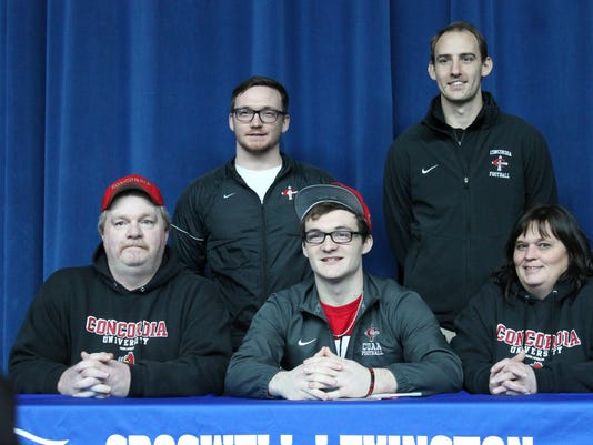 Joe Duff signs with Concordia
