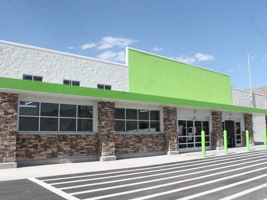 The Neighborhood Market will offer produce, bakery and deli items, health and beauty aids, a full-service pharmacy and a fueling station. The grand opening is scheduled for mid June.