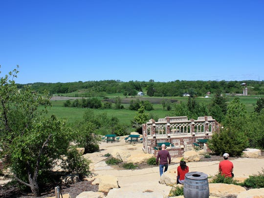 The expansive beer garden at New Glarus Brewing Co.