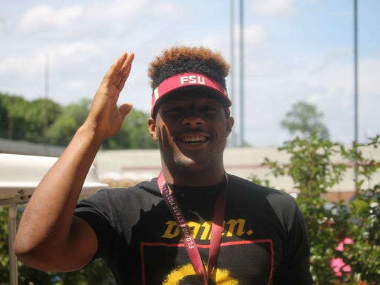 No. 1 overall recruit in the 2019 class Kayvon Thibodeaux on a visit to FSU for the 2018 spring game.