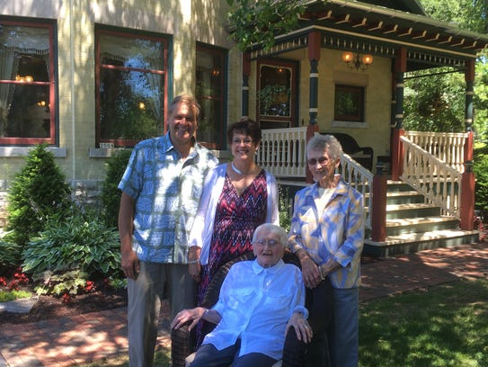Kevin and Kay Sonnenburg with Eunice Pekarske and Ruth