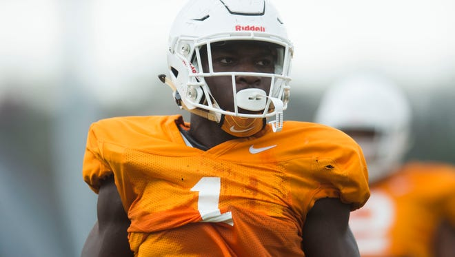 Jonathan Kongbo participates in a drill during a University of Tennessee football practice Thursday, March 29, 2018.
