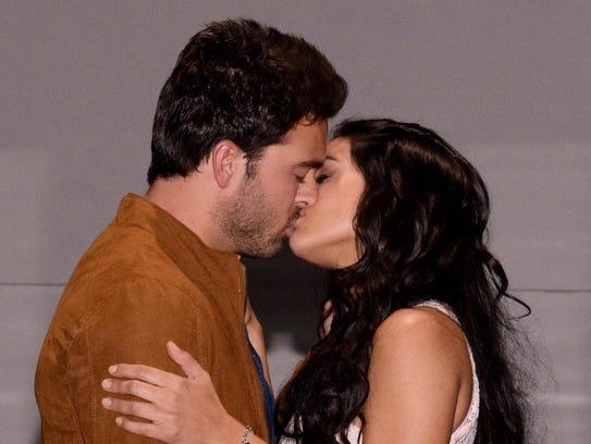 "Pablo Lyle y Renata Notni protagonizan ""Mi Adorable"