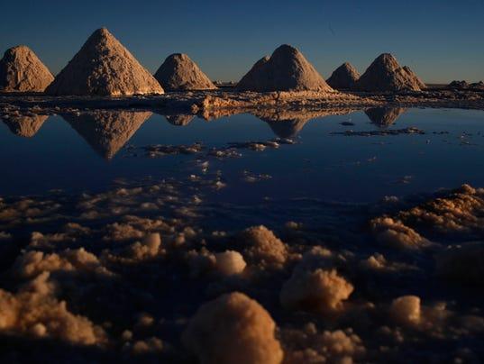 AP BOLIVIA LITHIUM SALT DESERT I BOL