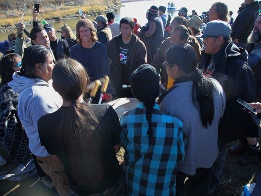 636137854435432529-Oil-Pipeline-Protest-mklinski-argusleader.com-6.jpg