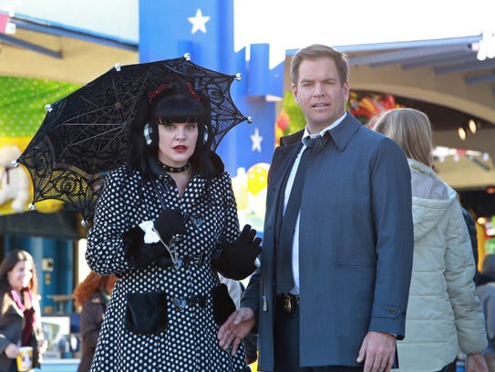 Abby (Pauley Perrette), left, DiNozzo (Michael Weatherly) and their 'NCIS' colleagues team with the New Orleans crew in a 2016 crossover. (Photo: Bill Inoshita, CBS)