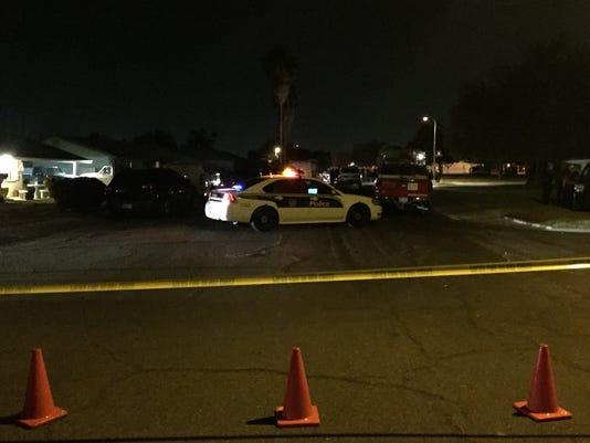 Phoenix SWAT officer shoots, injures man