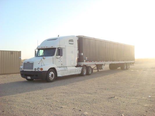 635972016865624281-truck.jpg