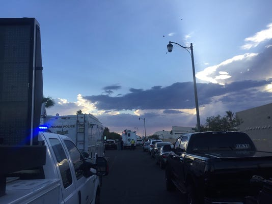 Barricade situation in Surprise