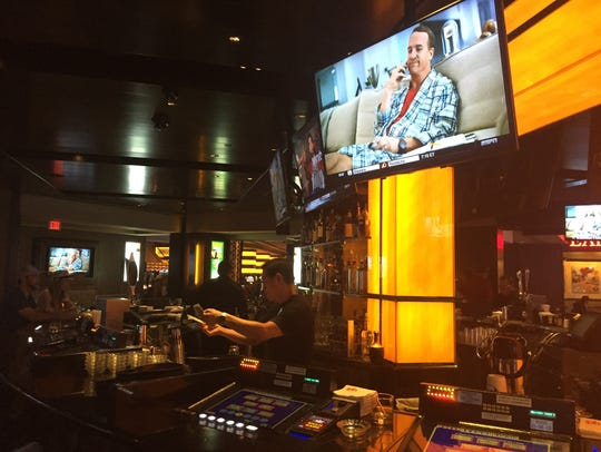 Ringer Wings, Pizza and Sliders Sports Book at Planet