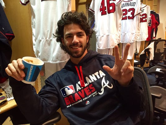 636105239439629879-Dansby-Swanson-Braves-clubhouse.jpg