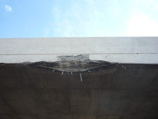 636106139065662043-9.27-bridge-damaged1.jpg