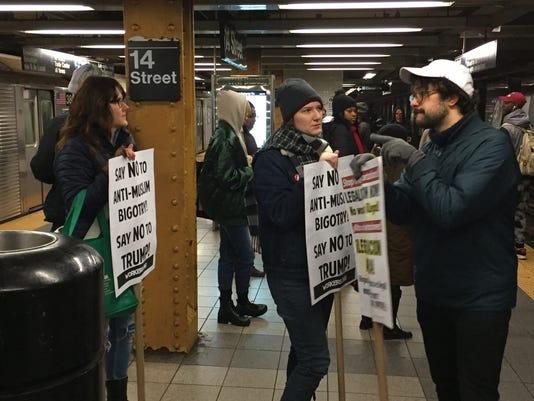 -refugee1protests012817.jpg
