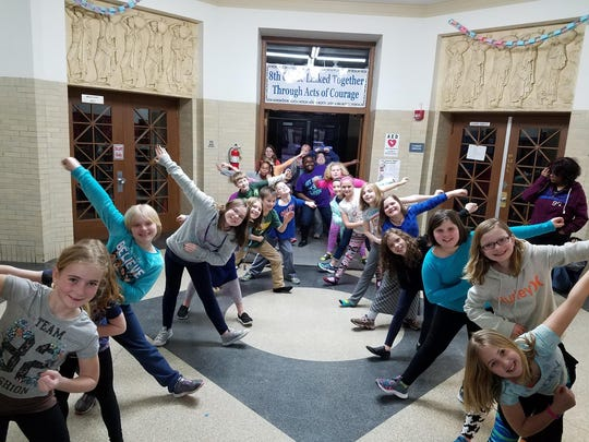 Local third-, fourth- and fifth-grade students rehearse