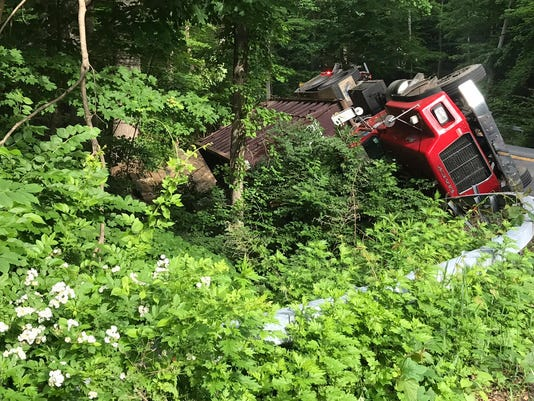 Truck rollover closes Route 134 in Yorktown