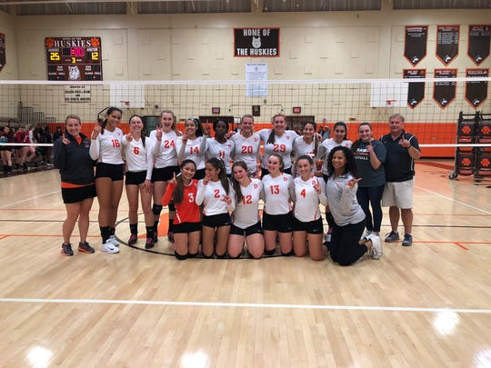 The Dumont girls volleyball team clinched at least a share of its second straight Big North American Division title with a 25-13, 23-25, 25-12 win versus Ridgefield Park on Thursday, Oct. 19, 2017.