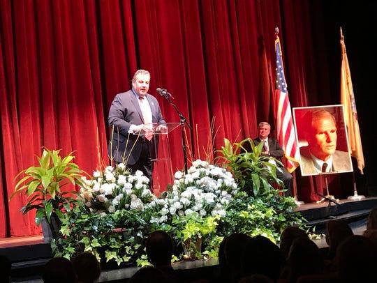Gov. Chris Christie speaks at a tribute service to