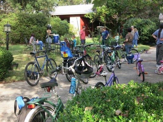 636658871446277178-Indianhead-Lehigh.-Garden-bike-tour.jpg