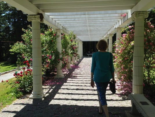 Amy-Hinson-in-the-gardent-at-Yaddo.jpg