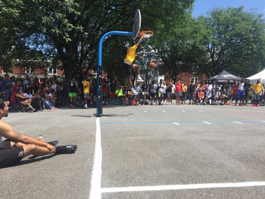 The slam dunk contest was again a crowd-pleasing part