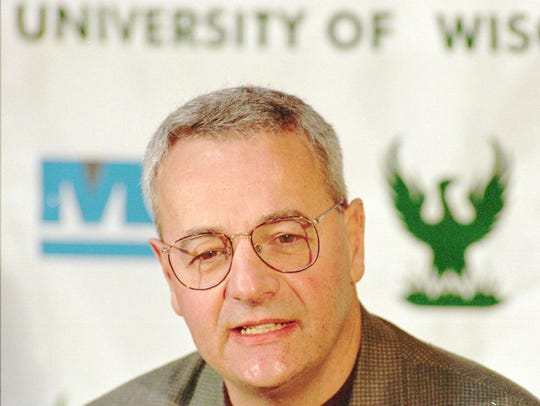 Dick Bennett coached the UW-Green Bay men's basketball