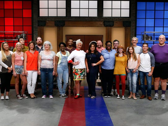 Mentors Anne Burrell and Rachael Ray pose with recruits