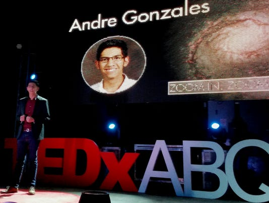 635832028903598610-TED-AndreOnStage