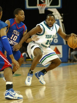 Caller-Times File Former Texas A&M-CC basketball star Taurean Mitchell will be inducted into the Ray Athletic Hall of Honor on Thursday.