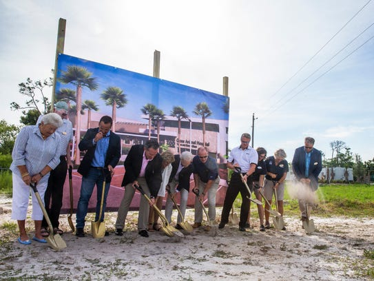 Donors, staff members and other officials for the Naples