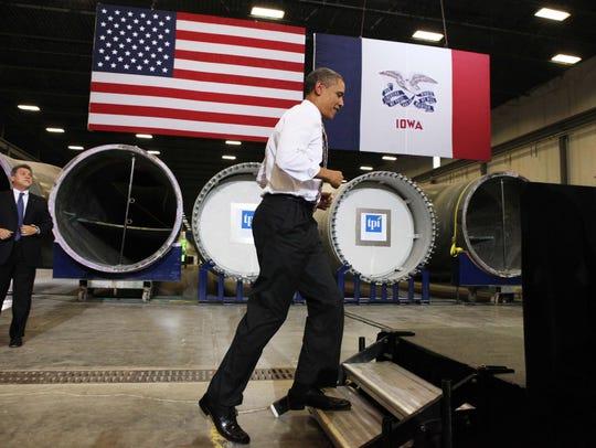 President Barack Obama takes the stage at TPI Composites