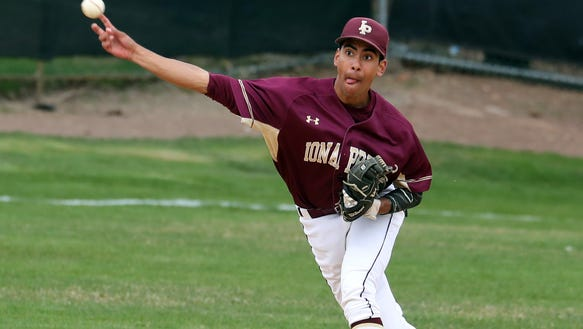 Kennedy Catholic defeated Iona Prep 2-1 in nine innings