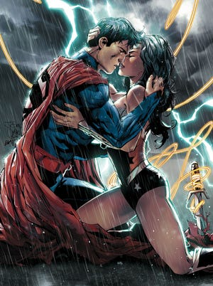 Woman relationship wonder superman Superman Homepage