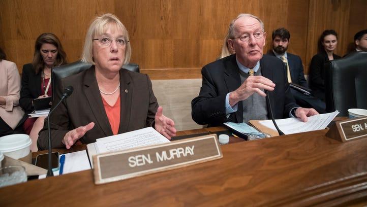 Sen.s Patty Murray and Lamar Alexander take part in