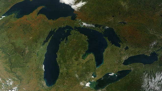 The Moderate Resolution Imaging Spectroradiometer (MODIS) on NASA's Terra satellite captured these views of fall colors around the Great Lakes (Sept. 26, 2014).