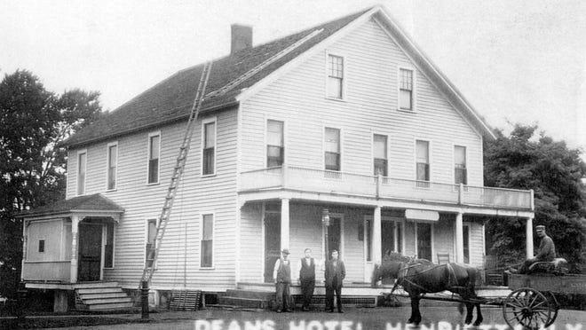 Dean's Hotel, circa early 1900s.