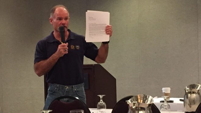 Right-to-work activist and Ford plant employee Brian Pannebecker tells UAW members how to resign from the union.