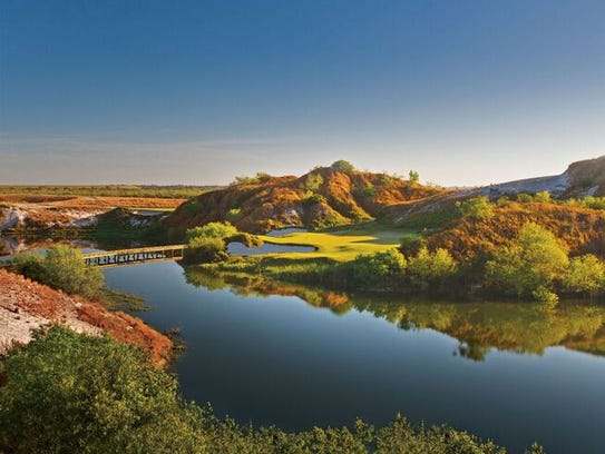 Streamsong Blue7 is the seventh hole on the Blue Course.