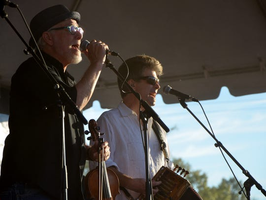 Steve Riley and the Mamou Playboys play Festivals Acadiens