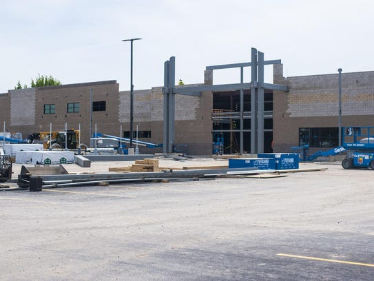 Construction continues at the Super 1 Foods at 3160