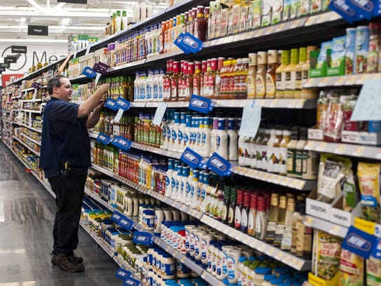 wal mart and hr issues These recommendations should help alleviate walmart human resource problems that have been plaguing the news the past few years.